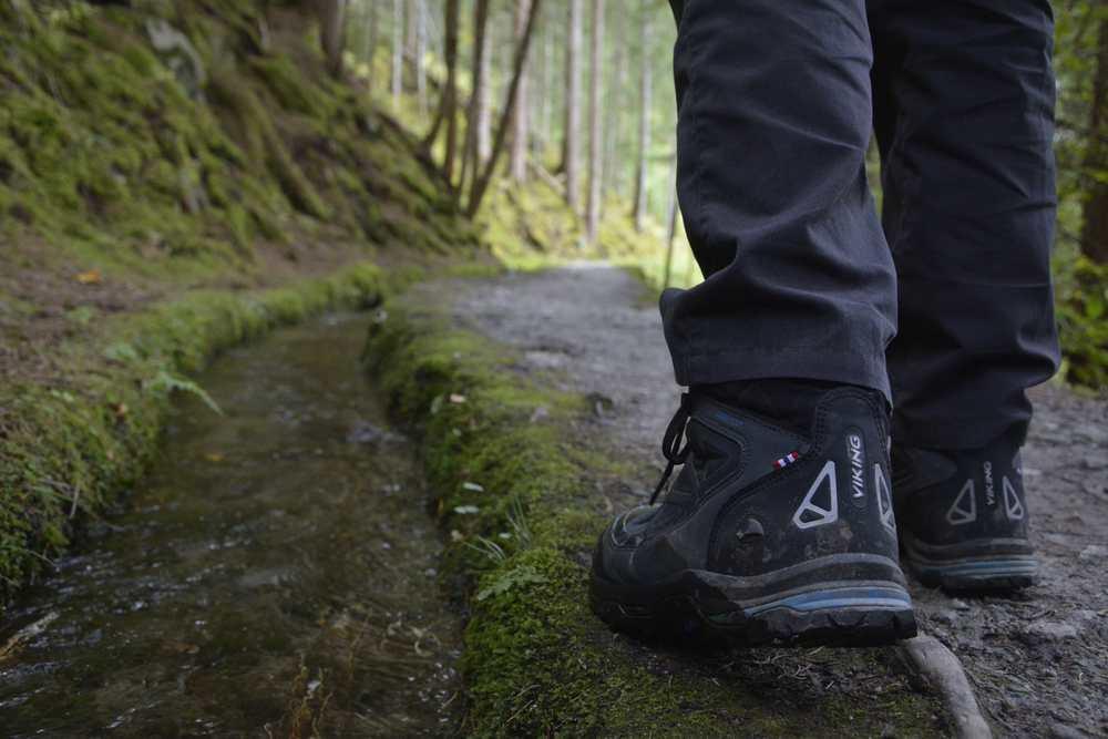 Wandertipps - auch auf dir richtige Wanderausrüstung achten