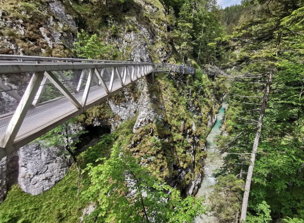 Ab Mittenwld in Deutschland wandern: Durch die faszinierende Leutaschklamm