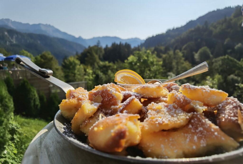 Frühlingswanderung München zur Kaiserschmarrn Alm in Garmisch Partenkirchen
