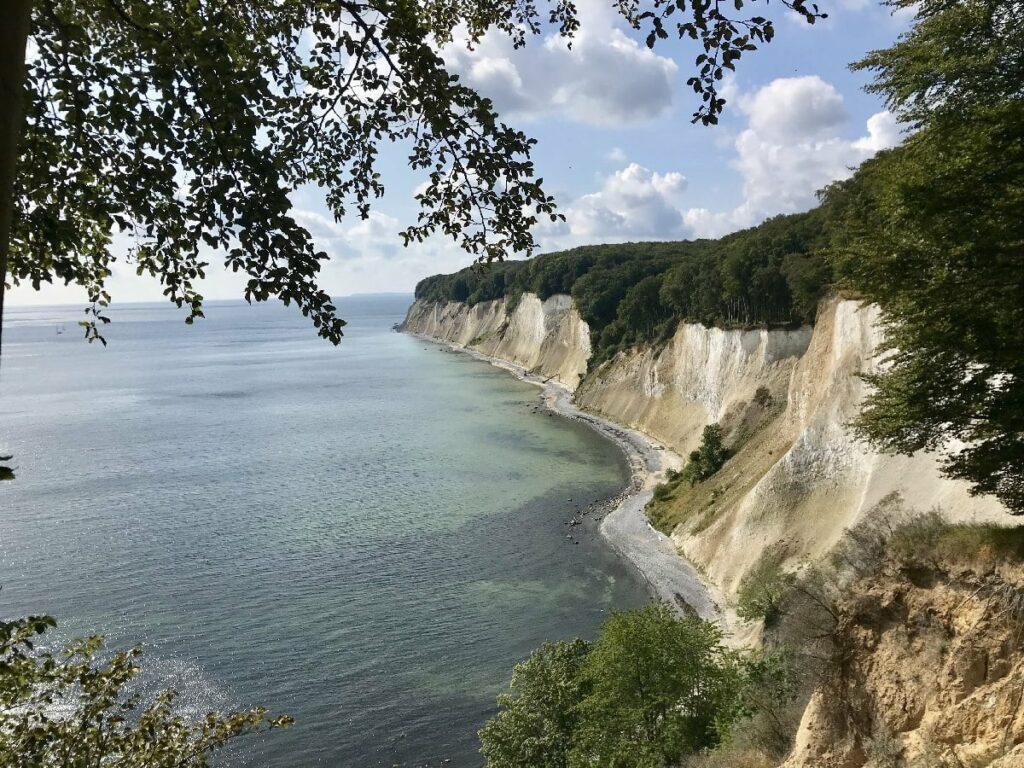 Traumtour zum wandern in Deutschland: Der Kreidefelsen Rügen Strandweg