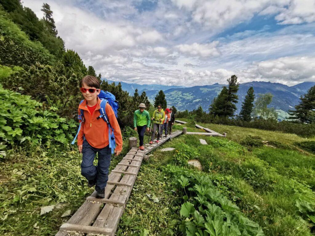 Leichte Sommer Wanderung mit Gipfelziel - auf dem Weg zum Gedrechten