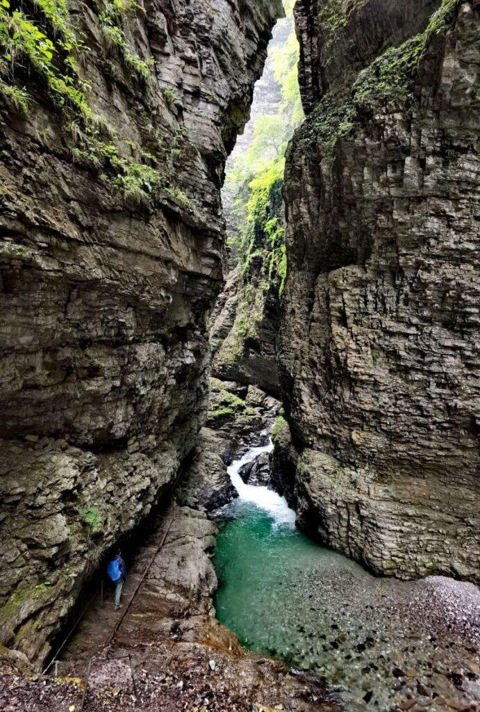 Üble Schlucht Engstelle - hier stehen die Felsen am dichtesten beieinander
